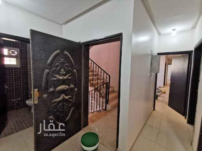 دور للإيجار في شارع تريم ، حي السعادة ، الرياض