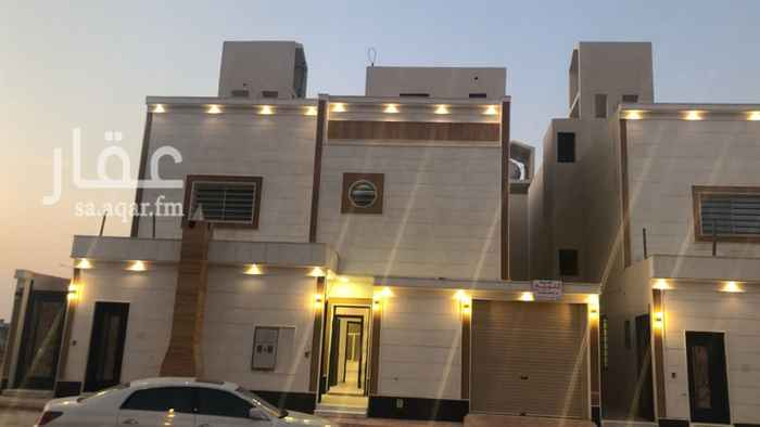 فيلا للبيع في شارع عبدالرزق بليله ، حي العوالي ، الرياض
