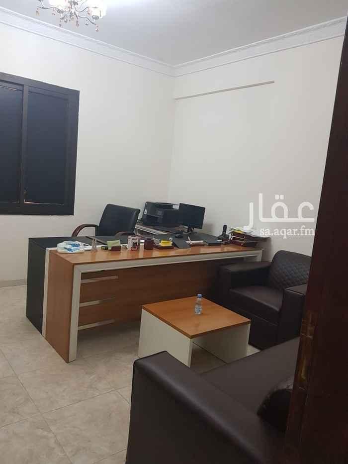 مكتب تجاري للإيجار في شارع قاسم زينة ، حي الروضة ، جدة ، جدة