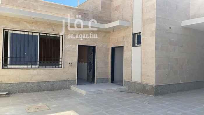 بيت للبيع في حي مطار حائل الاقليمي ، حائل ، حائل