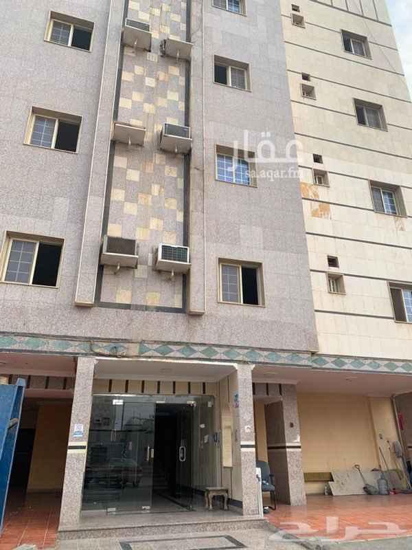 عمارة للإيجار في شارع الصفراء ، حي البوادي ، جدة ، جدة