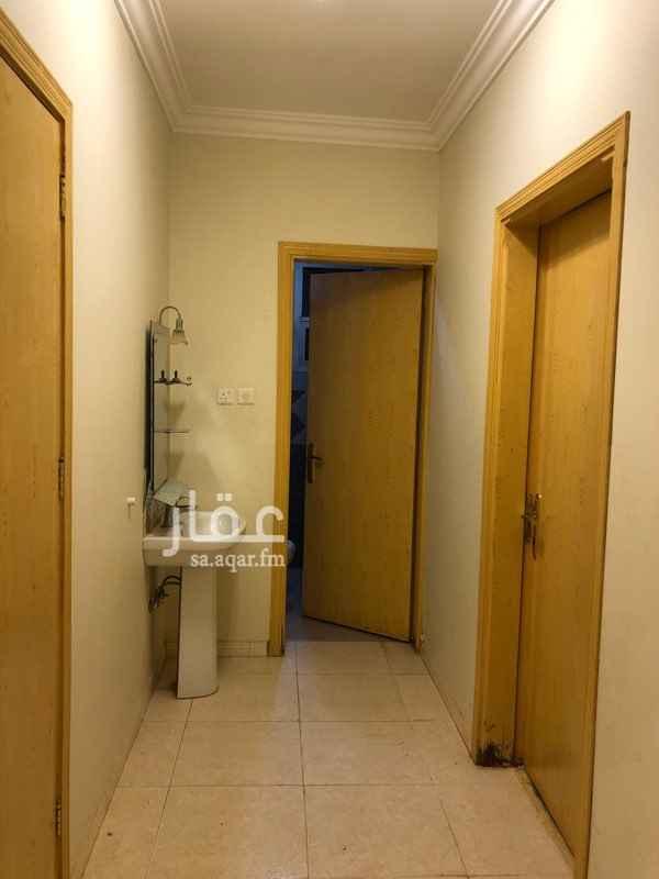 شقة للإيجار في شارع نهاوند ، حي ظهرة لبن ، الرياض