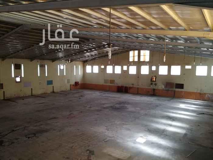 عمارة للبيع في شارع محمد بن حبيش ، حي الدفاع ، الرياض ، الرياض