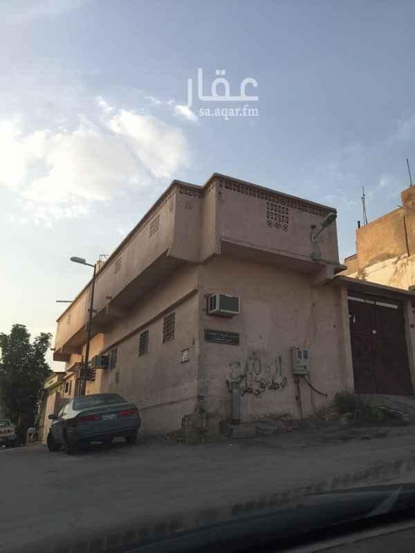 بيت للبيع في شارع الخطاط ، حي اليمامة ، الرياض ، الرياض