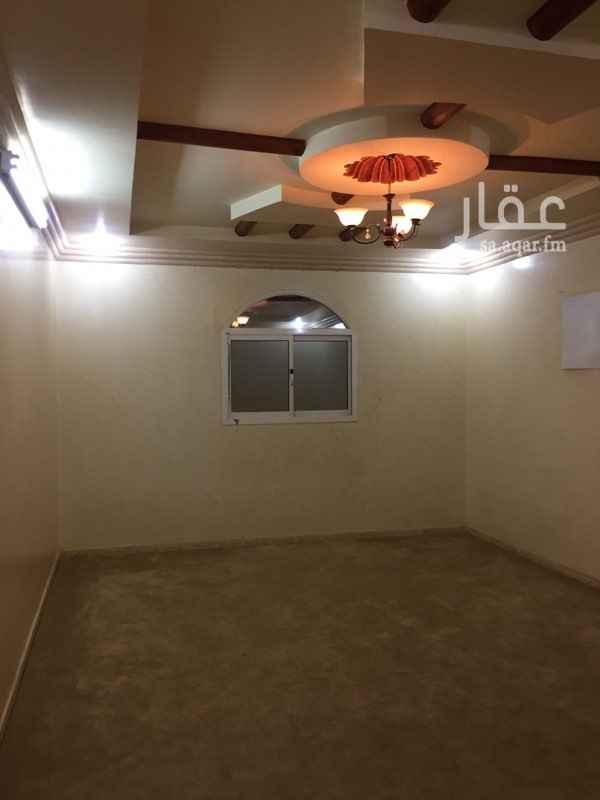 دور للإيجار في شارع عبدالعزيز بن حمد ، حي اشبيلية ، الرياض ، الرياض
