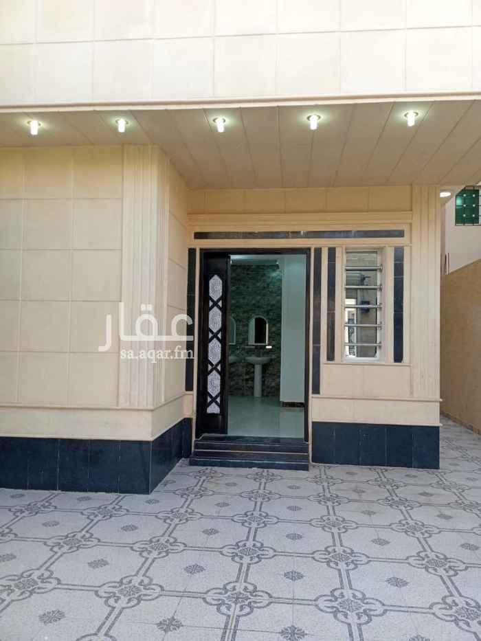 فيلا للبيع في شارع اسماعيل الدهان ، حي الرمال ، الرياض