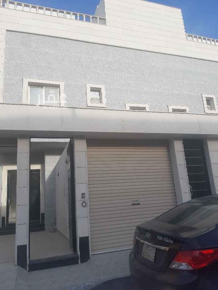 فيلا للبيع في شارع الحاجرة ، حي النفل ، الرياض ، الرياض