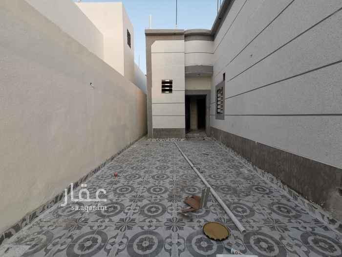 بيت للبيع في شارع الحارث بن اوس ، حي الوادي ، حفر الباطن