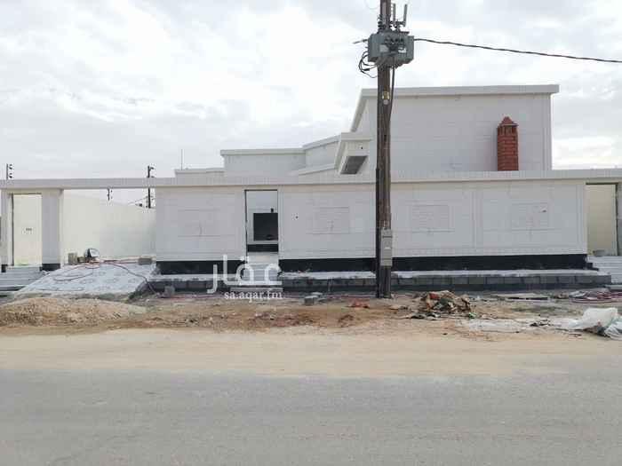 بيت للبيع في شارع ادريس السنوسي ، حي النايفية ، حفر الباطن