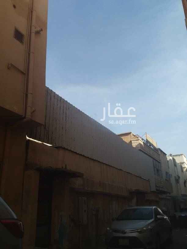 بيت للبيع في شارع 3 ب ، حي البادية ، الدمام