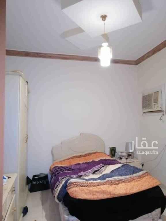 شقة للإيجار في شارع مرات ، حي ظهرة لبن ، الرياض