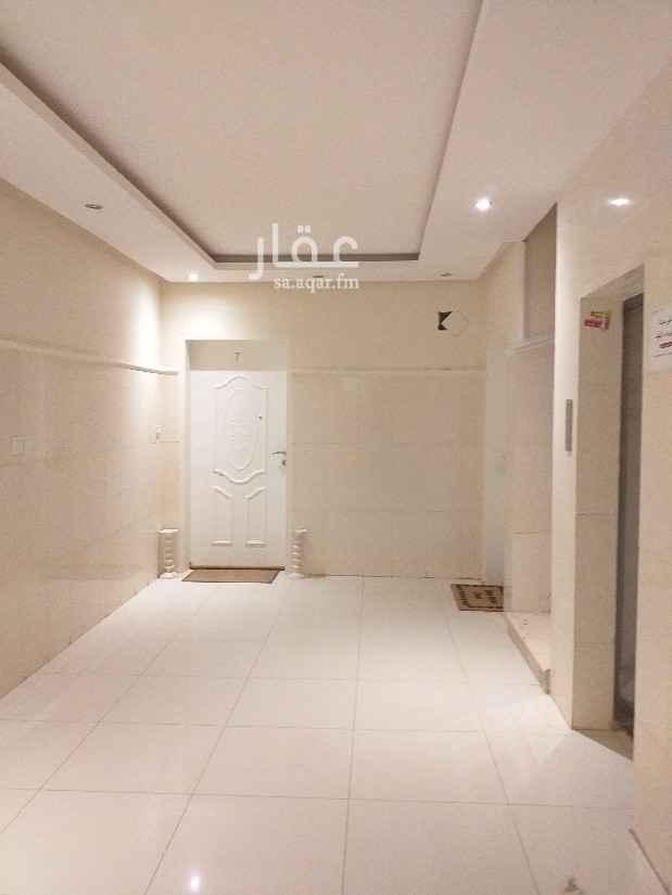 شقة للإيجار في شارع الافاضله ، حي الملقا ، الرياض ، الرياض