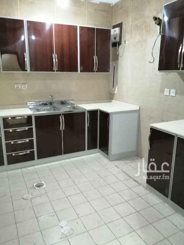 شقة للإيجار في شارع أبي عبدالرحمن بن عقيل الظاهري ، حي المروة ، جدة ، جدة
