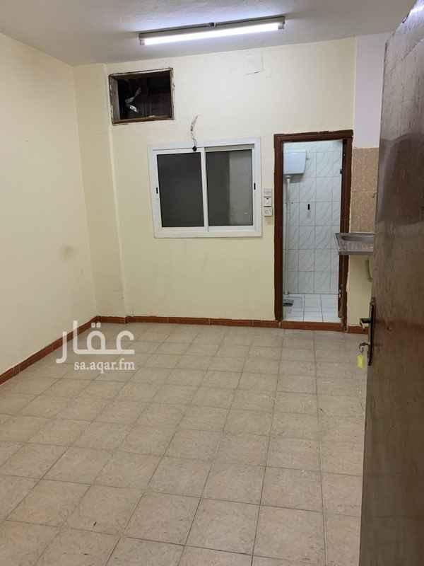 شقة للإيجار في شارع عمر المؤدب ، حي المرقب ، الرياض