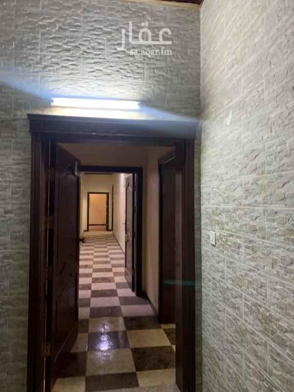 بيت للإيجار في حي الحمدانية ، جدة ، جدة
