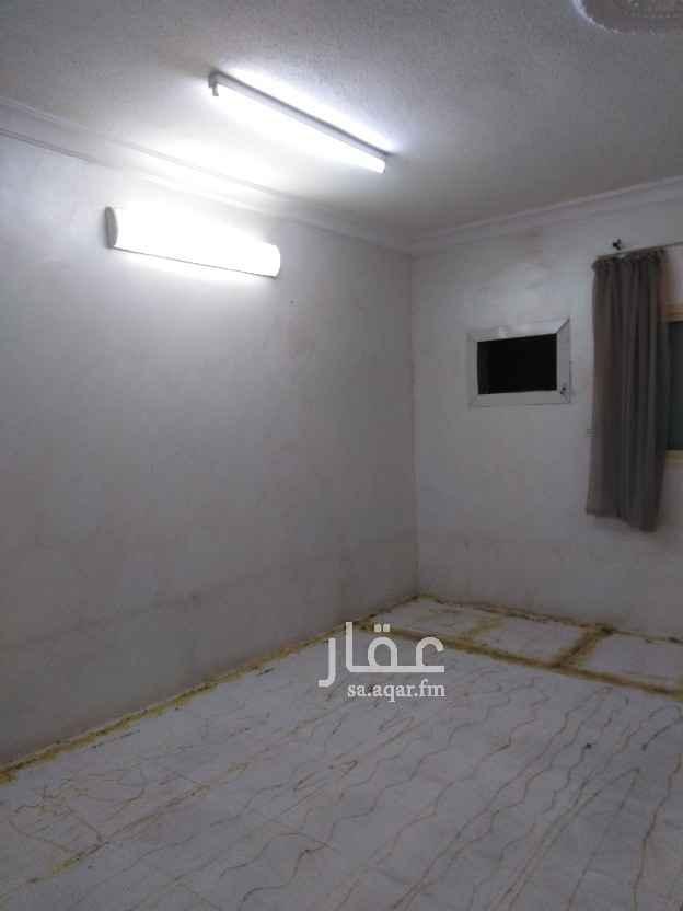 دور للإيجار في شارع يحيى العصامي ، الرياض