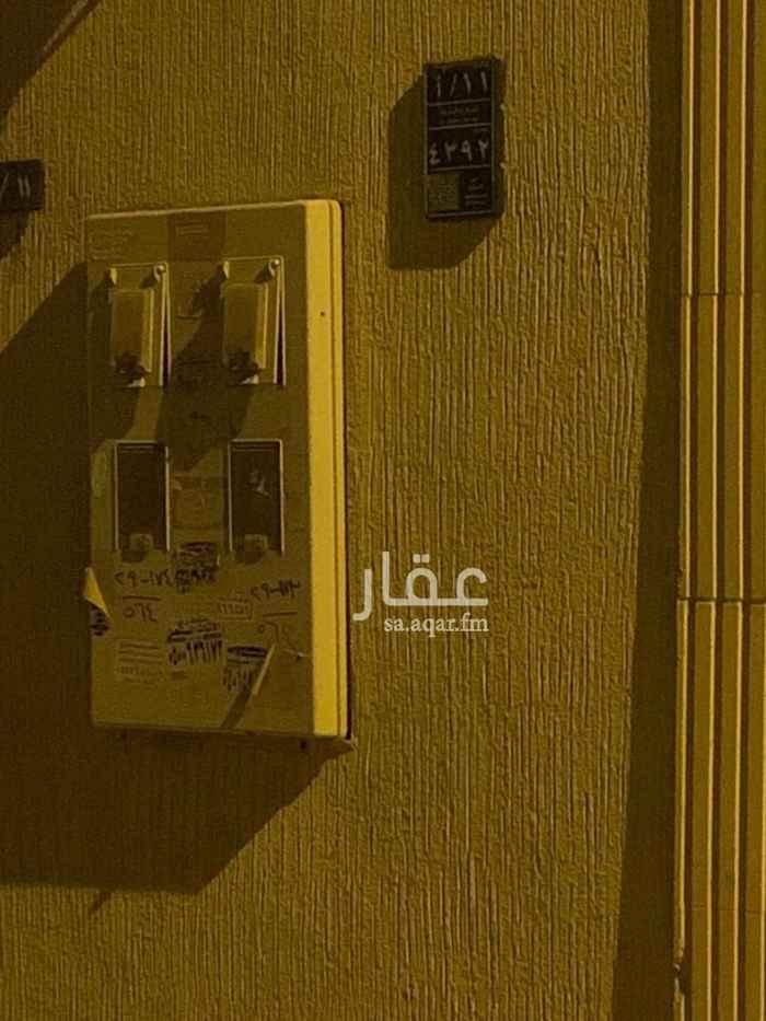 دور للإيجار في شارع سليمان بن محمود ، حي اشبيلية ، الرياض