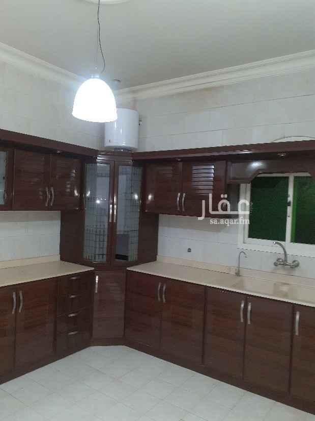 شقة للإيجار في شارع محمد بن عمر الفاخري ، حي اشبيلية ، الرياض ، الرياض