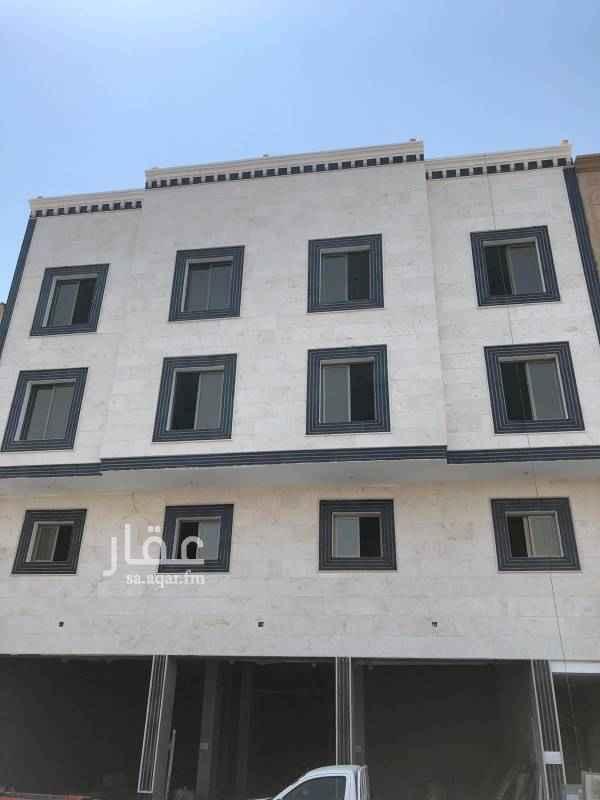 محل للإيجار في شارع الرياض ، حي الثقبة ، الخبر