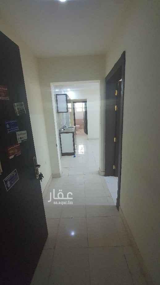 شقة للإيجار في حي ، شارع نجم الدين الأيوبي ، حي ظهرة نمار ، الرياض ، الرياض