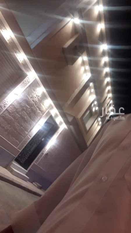 فيلا للإيجار في شارع محمد بن عبدالجبار ، حي طويق ، الرياض