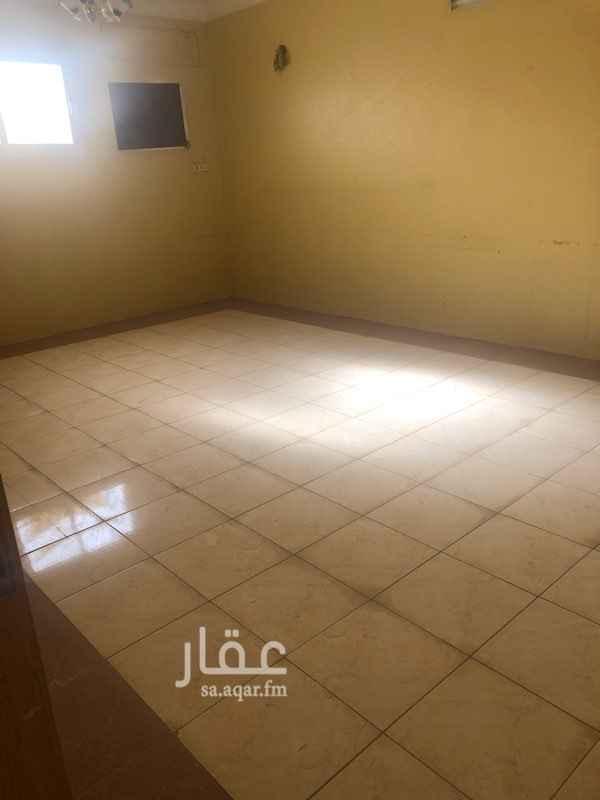 شقة للإيجار في شارع عبداللطيف المعشوق ، حي الخالدية ، الرياض ، الرياض