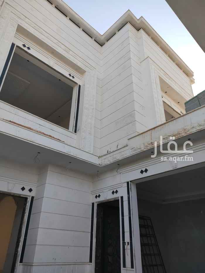 فيلا للبيع في شارع برهان الدين المرشدي ، حي طويق ، الرياض