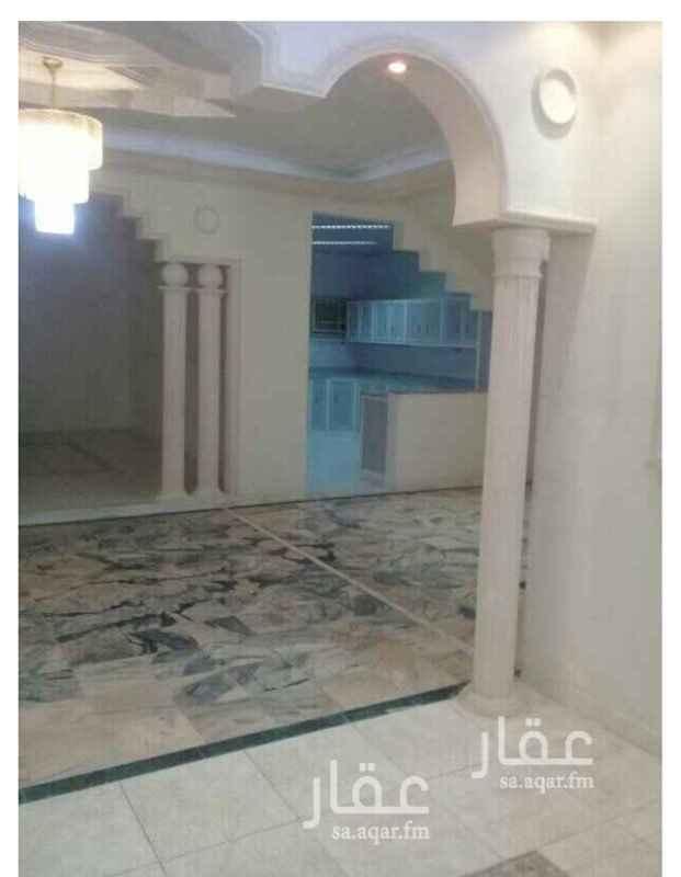فيلا للبيع في طريق الإمام سعود بن عبدالعزيز بن محمد ، حي الملك فهد ، الرياض