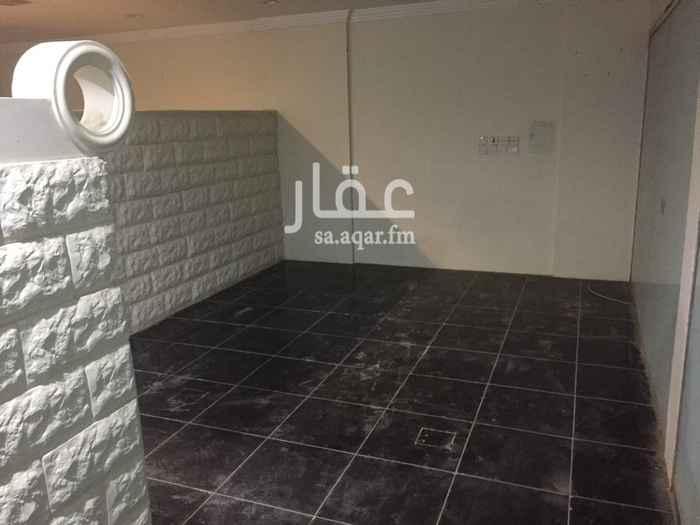 مستودع للإيجار في شارع عبدالرحمن الناصر ، حي الملك فيصل ، الرياض ، الرياض