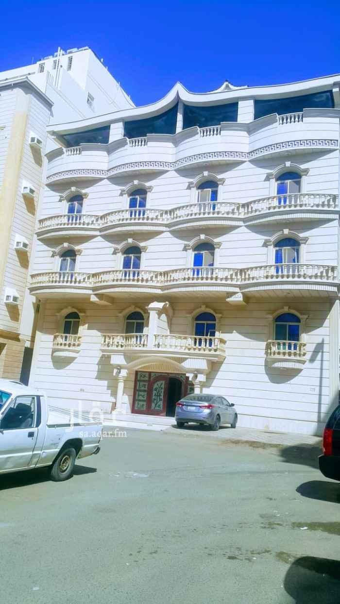 عمارة للبيع في شارع ابن سهيل ، حي مدائن الفهد ، جدة ، جدة