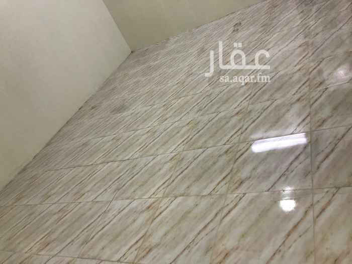 دور للإيجار في شارع الطريف ، حي طويق ، الرياض