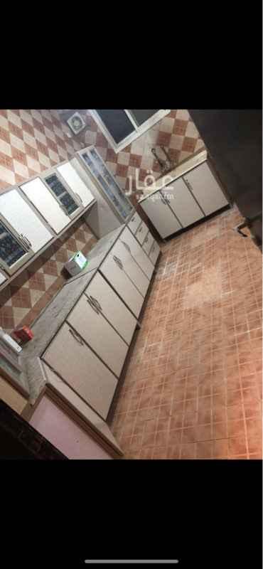 شقة للإيجار في شارع العباس الغنوي ، حي الاسكان ، الرياض ، الرياض