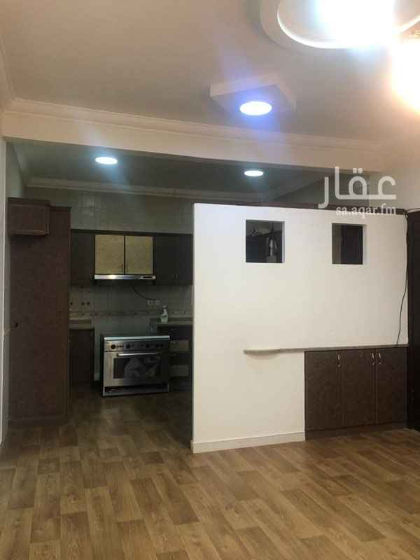 دور للإيجار في شارع عبدالرحمن بن سلطان ، حي الروضة ، الرياض ، الرياض