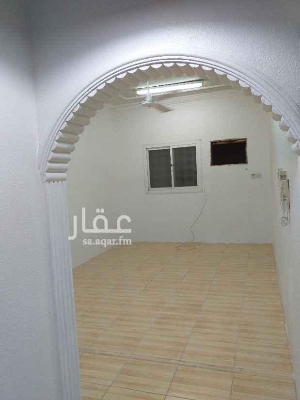 شقة للإيجار في شارع محمد بن عثيمين ، حي الملك فيصل ، الرياض ، الرياض
