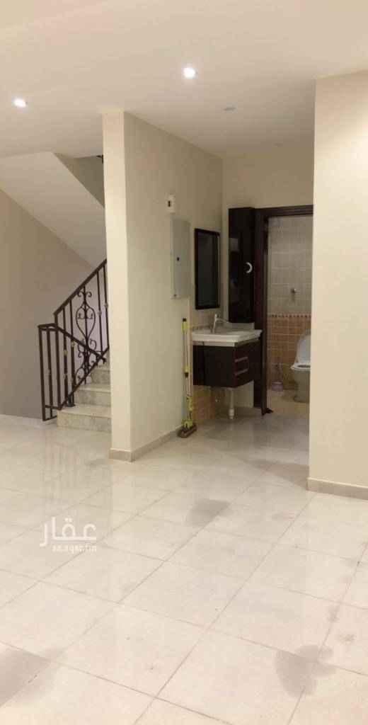 دور للإيجار في شارع الحبقة ، حي النفل ، الرياض
