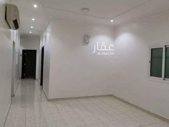 دور للإيجار في شارع محمد القضاعي ، حي النفل ، الرياض