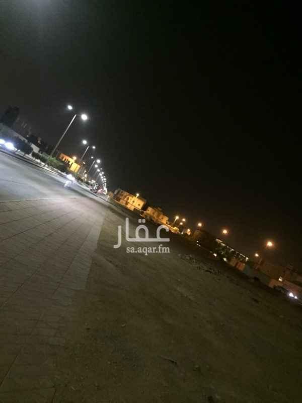 أرض للإيجار في شارع ال الشيخ ، حي الخالدية - الدرعية ، الرياض
