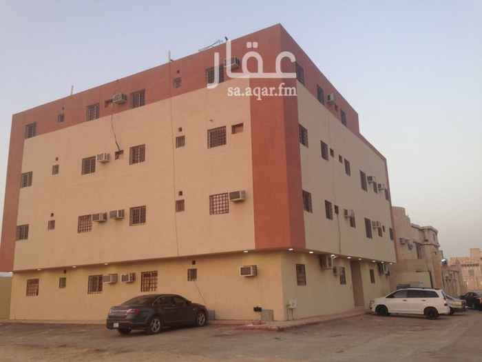 عمارة للبيع في شارع نجم الدين الايوبي, طويق, الرياض