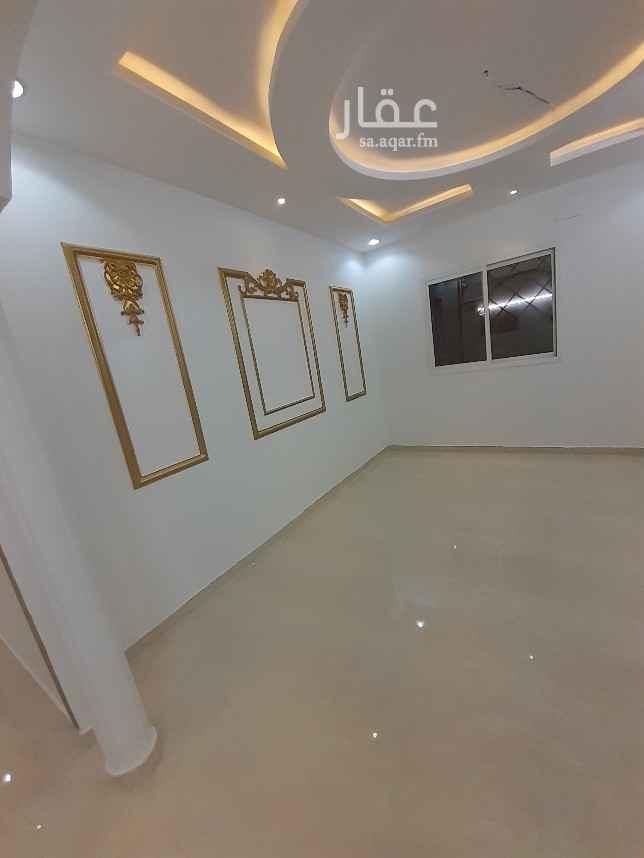 دور للإيجار في شارع عثمان بن صدقة ، الرياض
