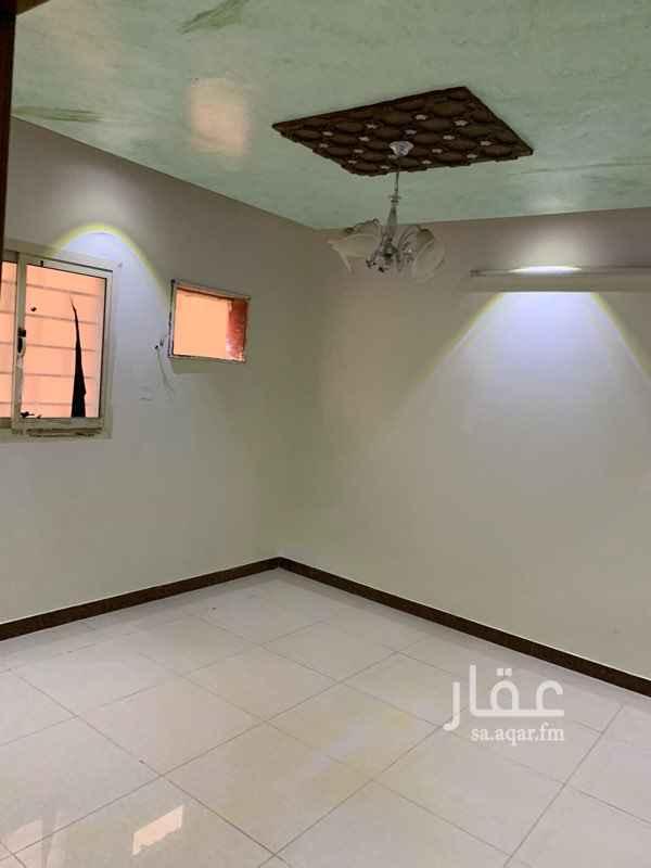 دور للإيجار في شارع ابن الهيثم ، حي الخليج ، الرياض