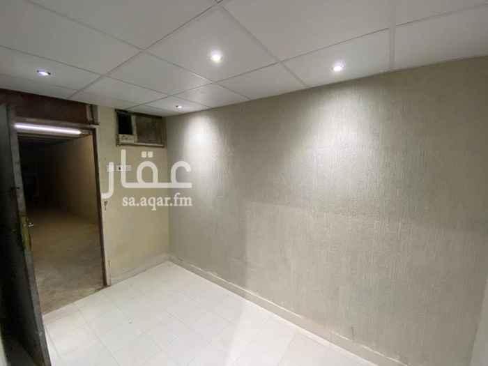 غرفة للإيجار في شارع أبي الدرداء -رضي الله عنه- ، حي الروضة ، الرياض ، الرياض