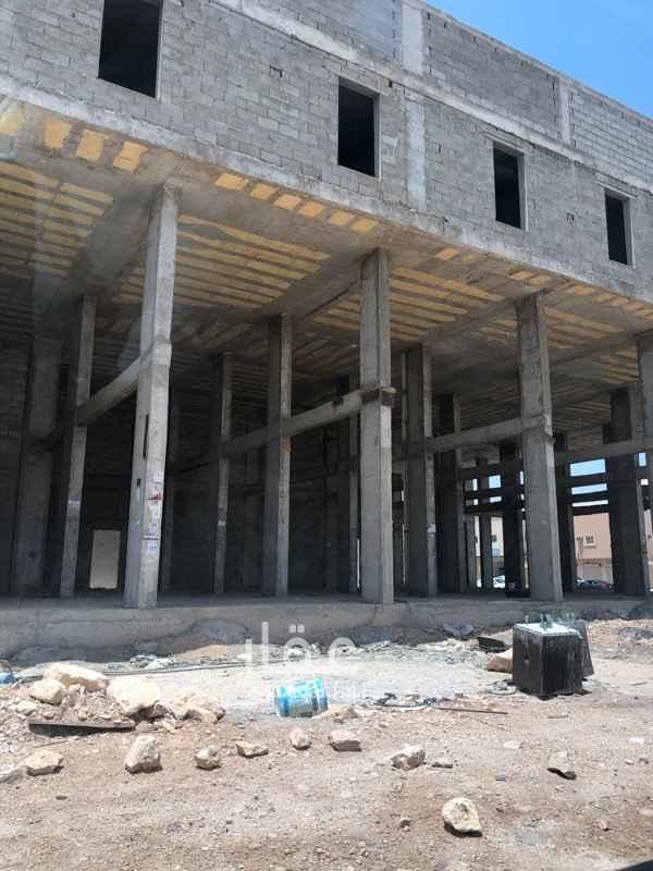 عمارة للإيجار في شارع نجم الدين الايوبي ، حي ظهرة نمار ، الرياض ، الرياض