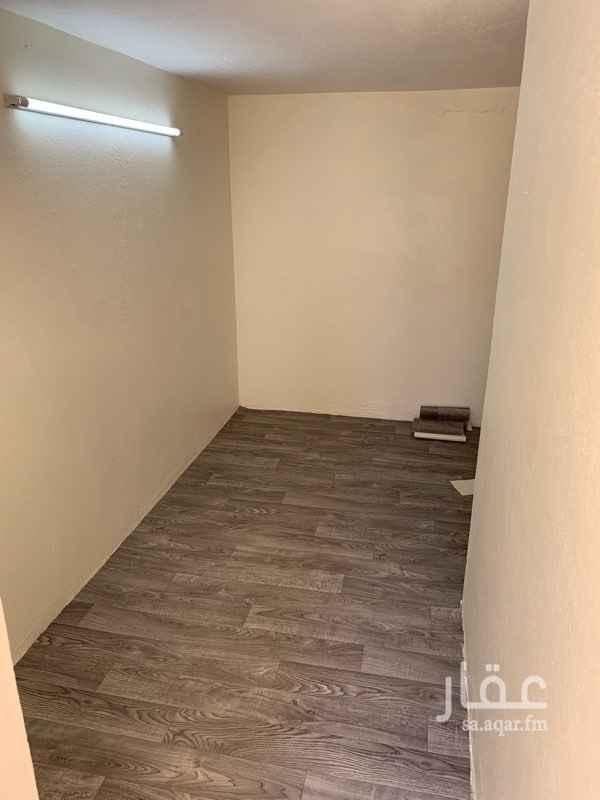 غرفة للإيجار في شارع الخليفة المقتدى ، حي الصفا ، جدة
