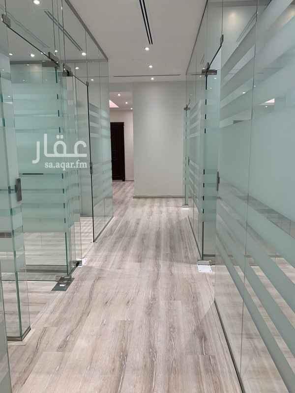 مكتب تجاري للإيجار في طريق الإمام سعود بن عبدالعزيز بن محمد ، حي التعاون ، الرياض ، الرياض