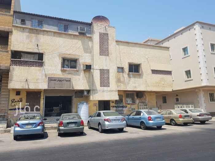 بيت للبيع في طريق الملك خالد ، حي الثقبة ، الخبر ، الخبر