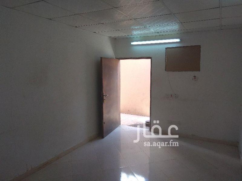 غرفة للإيجار في شارع شبه الجزيرة ، حي السعادة ، الرياض
