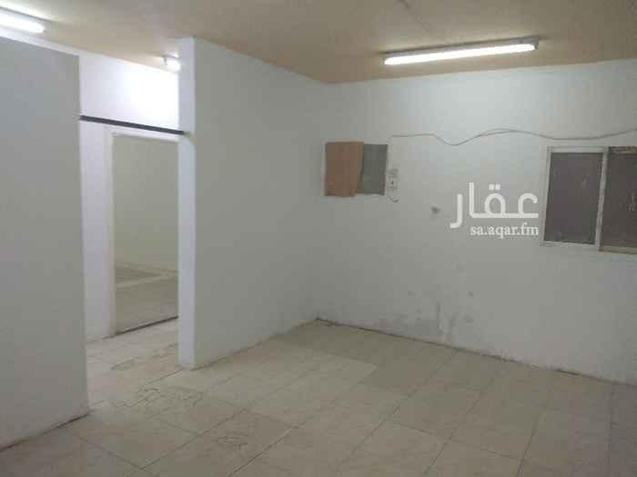 شقة للإيجار في شارع ابي الحسن الانباري ، حي السعادة ، الرياض ، الرياض