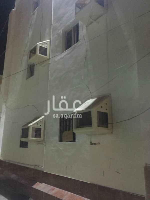 عمارة للبيع في شارع ظافر حماد ، حي الكندرة ، جدة