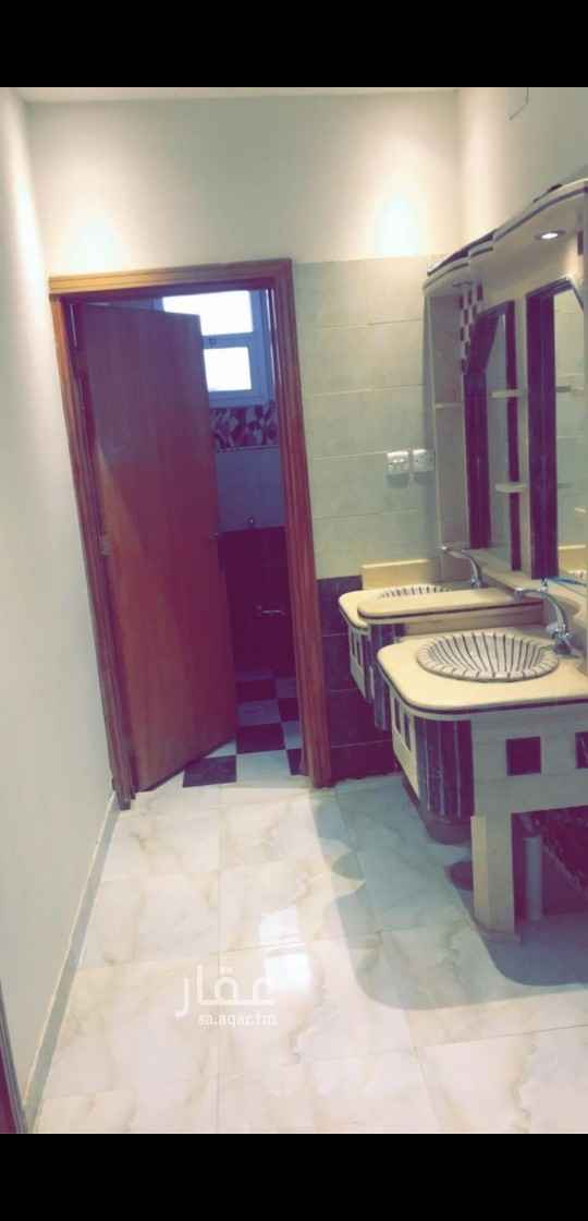 شقة للإيجار في شارع رحيمة ، حي ظهرة لبن ، الرياض ، الرياض