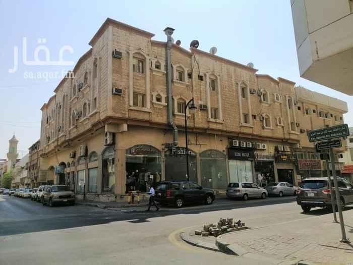 عمارة للإيجار في شارع الامير ماجد بن عبد العزيز ، حي الخبر الشمالية ، الخبر ، الخبر